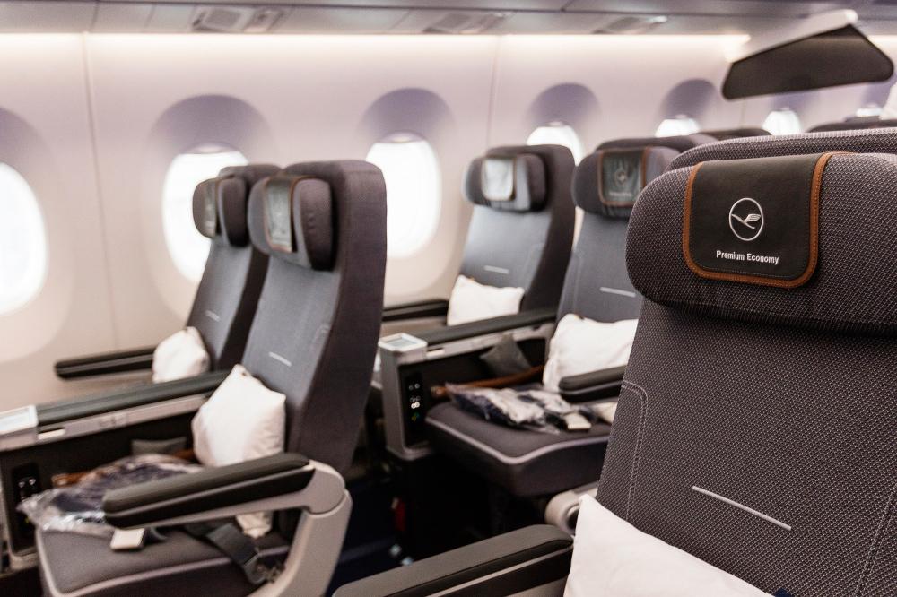 LH A350 W Cabin (Lufthansa Group)
