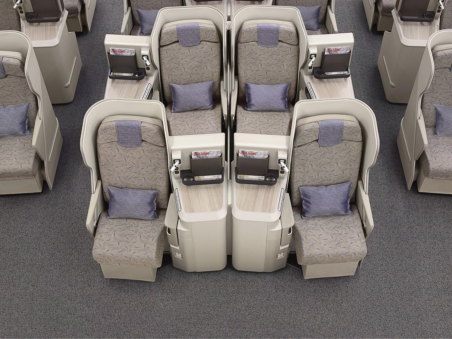 Asiana A380 J (Airbus).jpg