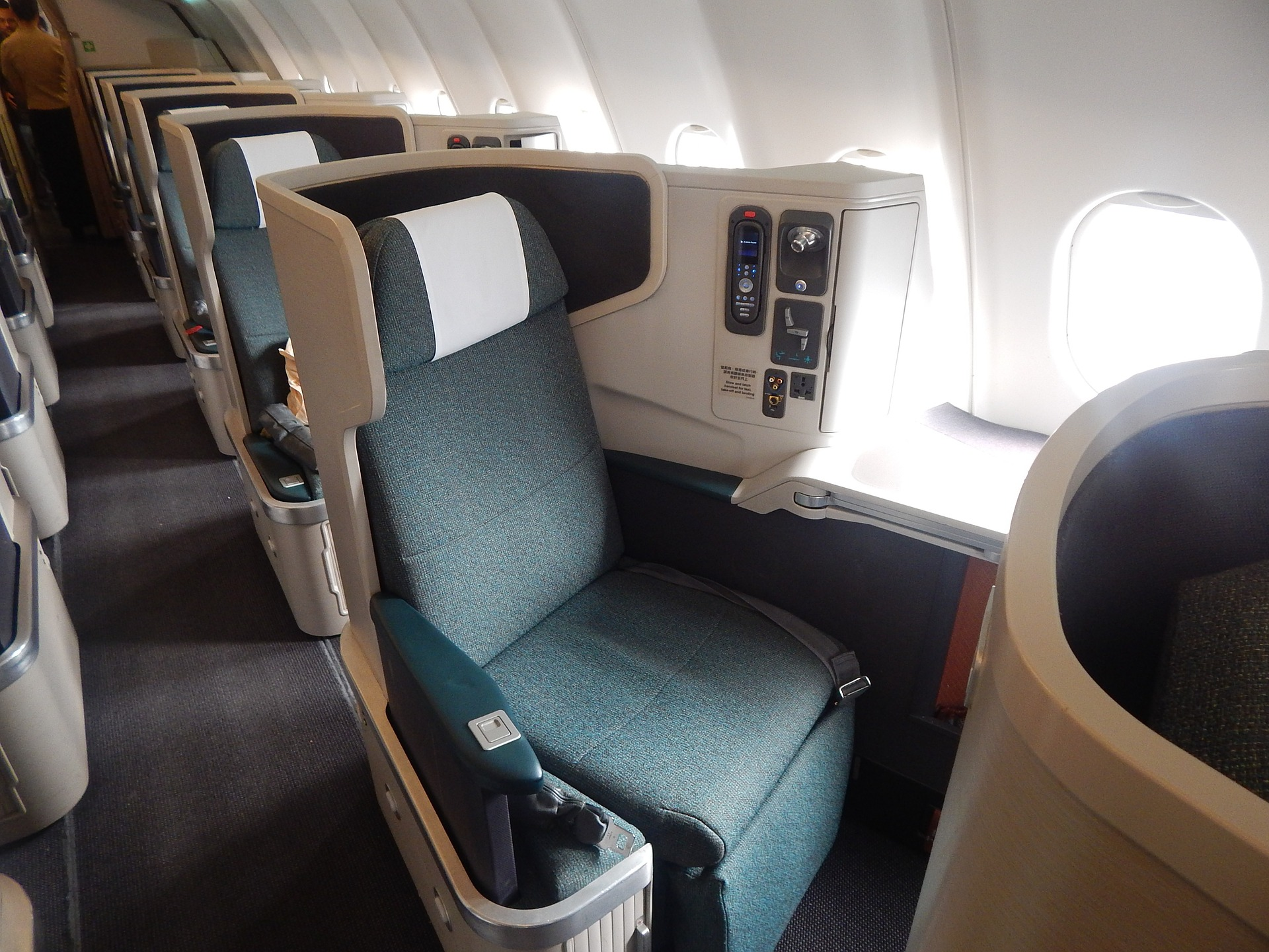 CX A330 J