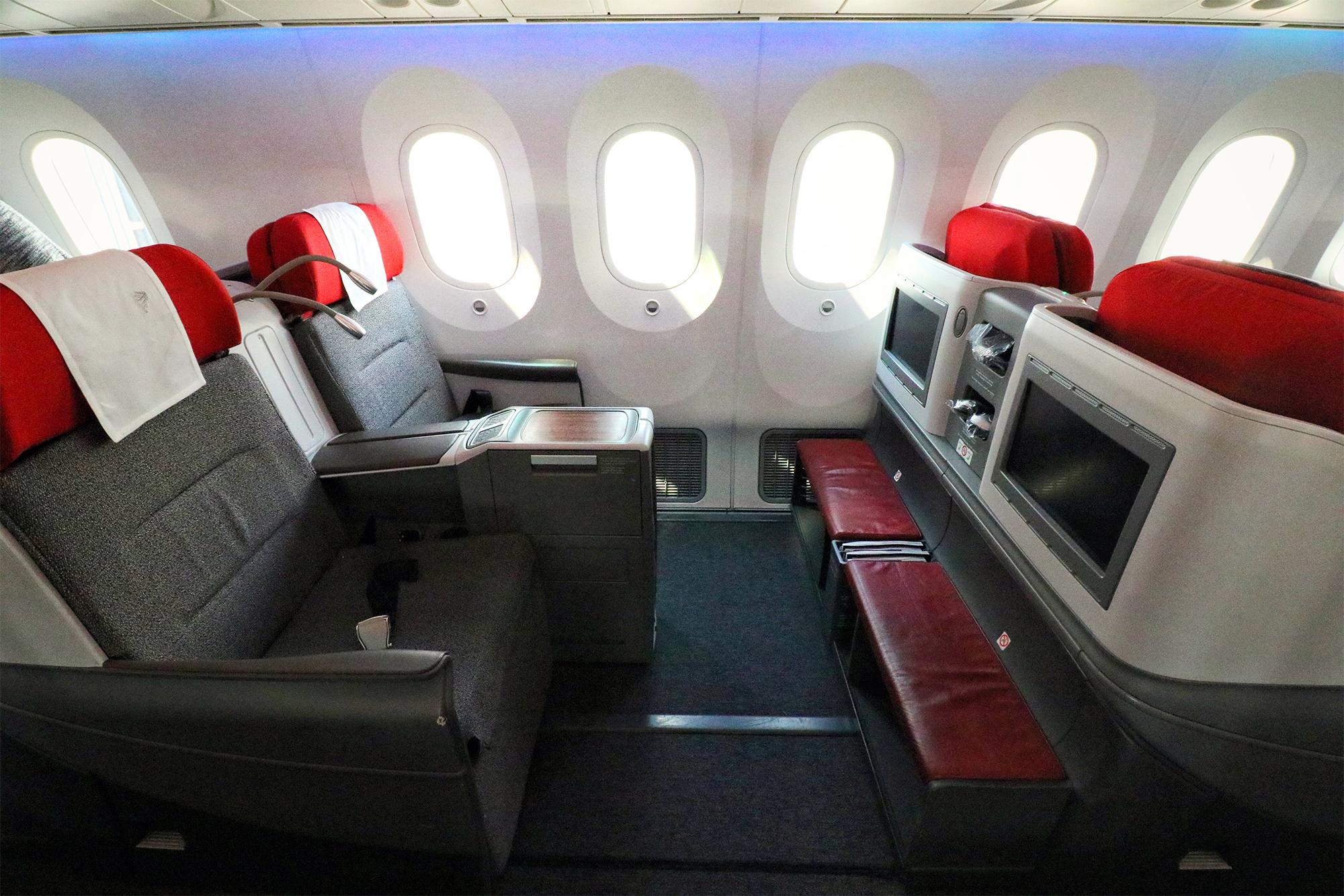 LATAM 787 J (GSTP).jpg