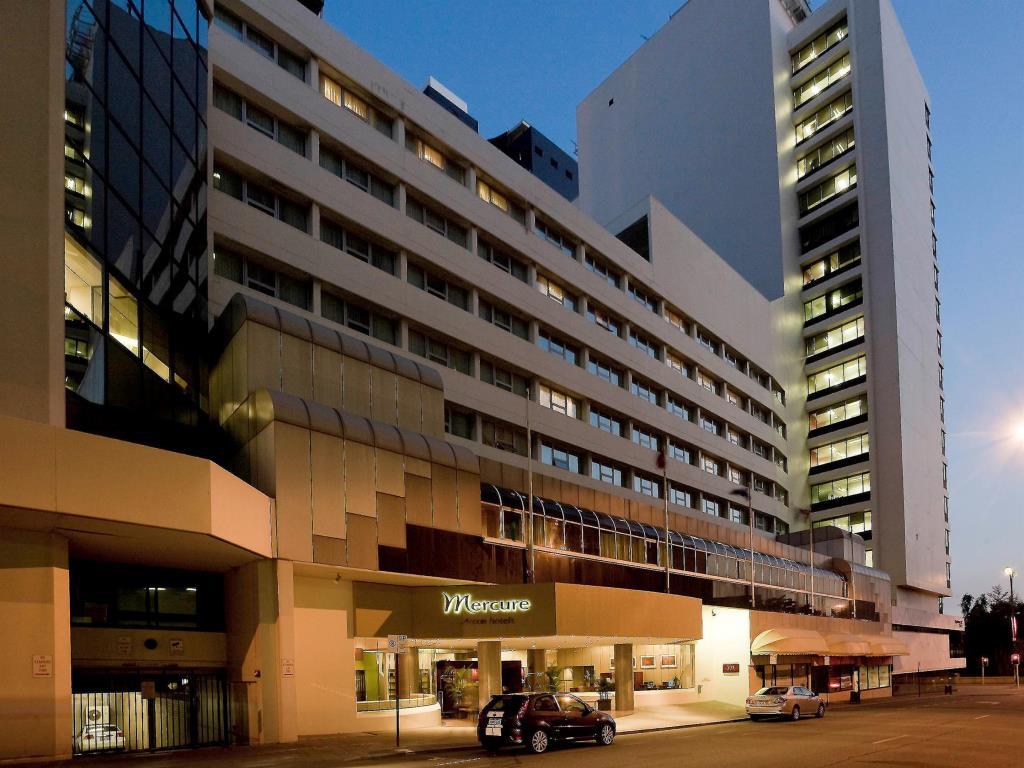 Mercure Perth.jpg