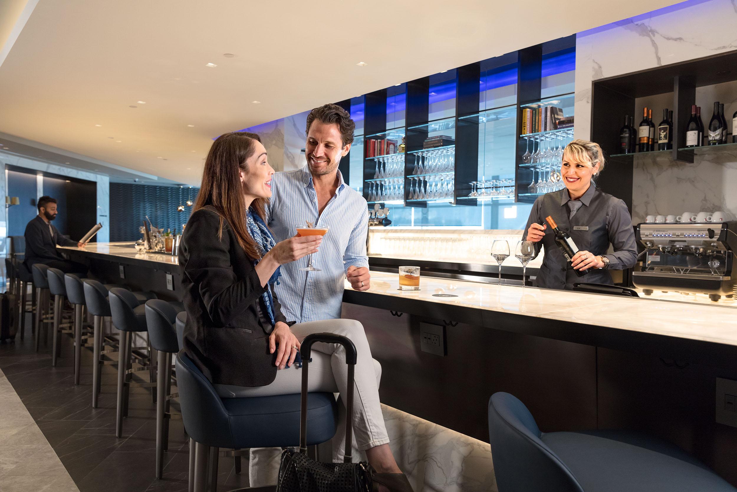 United Polaris lounge bar at EWR.jpg