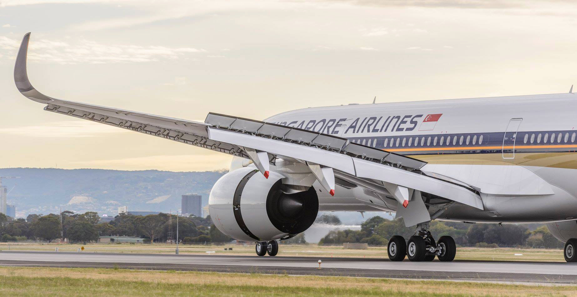 A350R Landing 2 (Adelaide Airport)