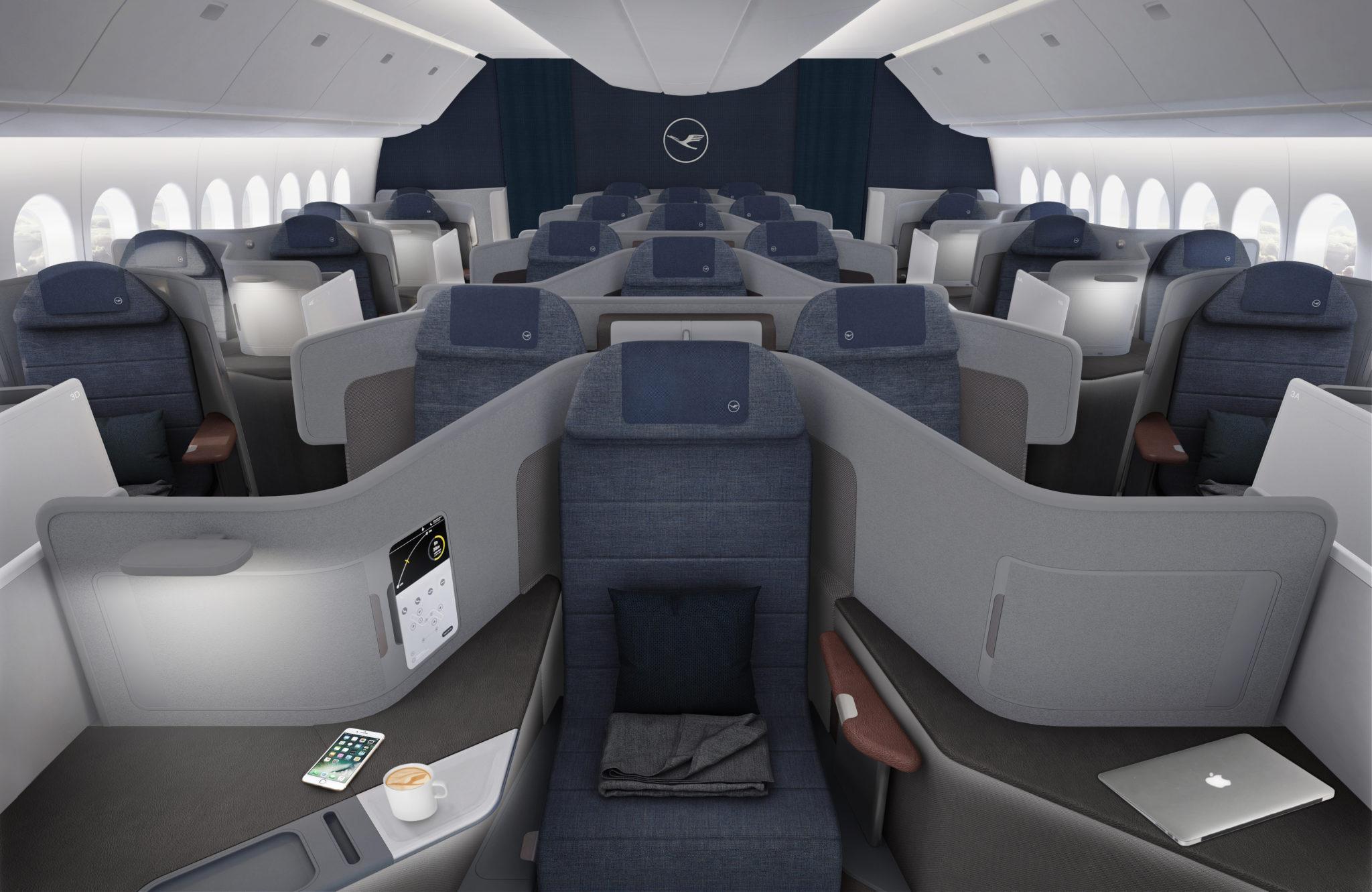 LH New J Throne Seat (Lufthansa).jpg