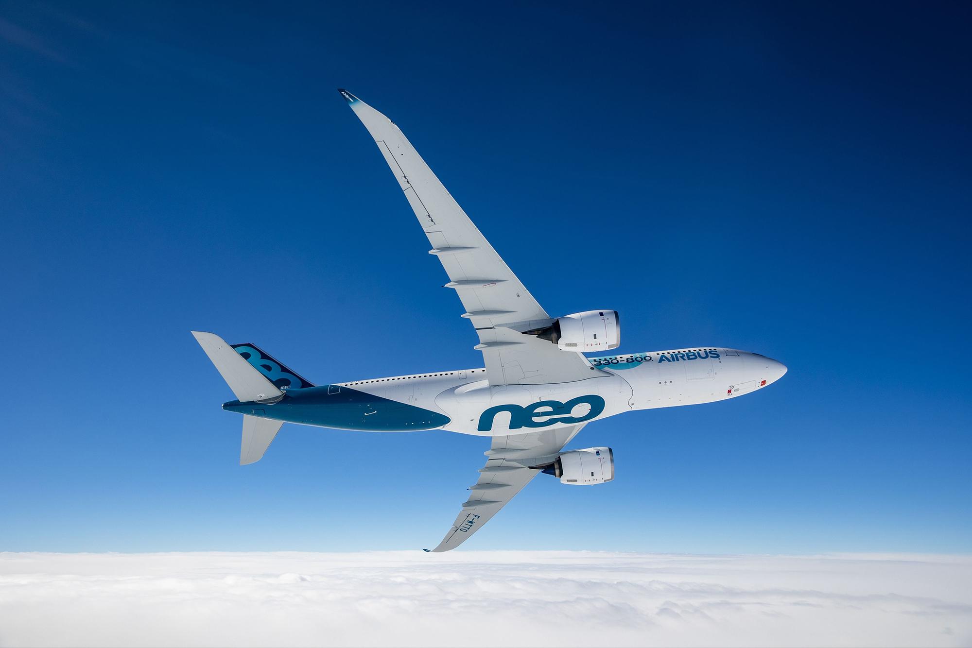 A330neo (Airbus).jpg