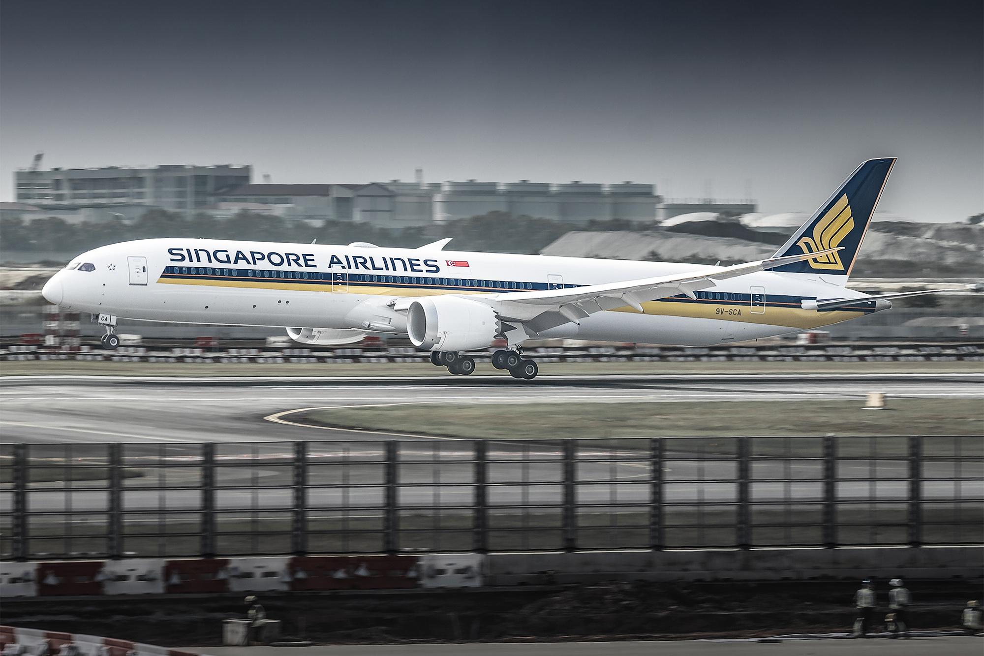 SQ 787 SCA Delivery (Paul Schmid)