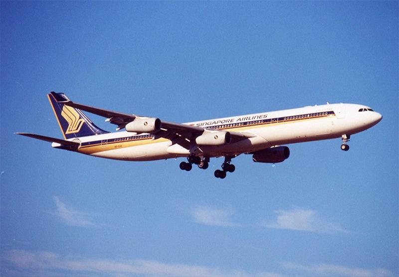 A343 9V-SJA (Brian Wilkes).jpg