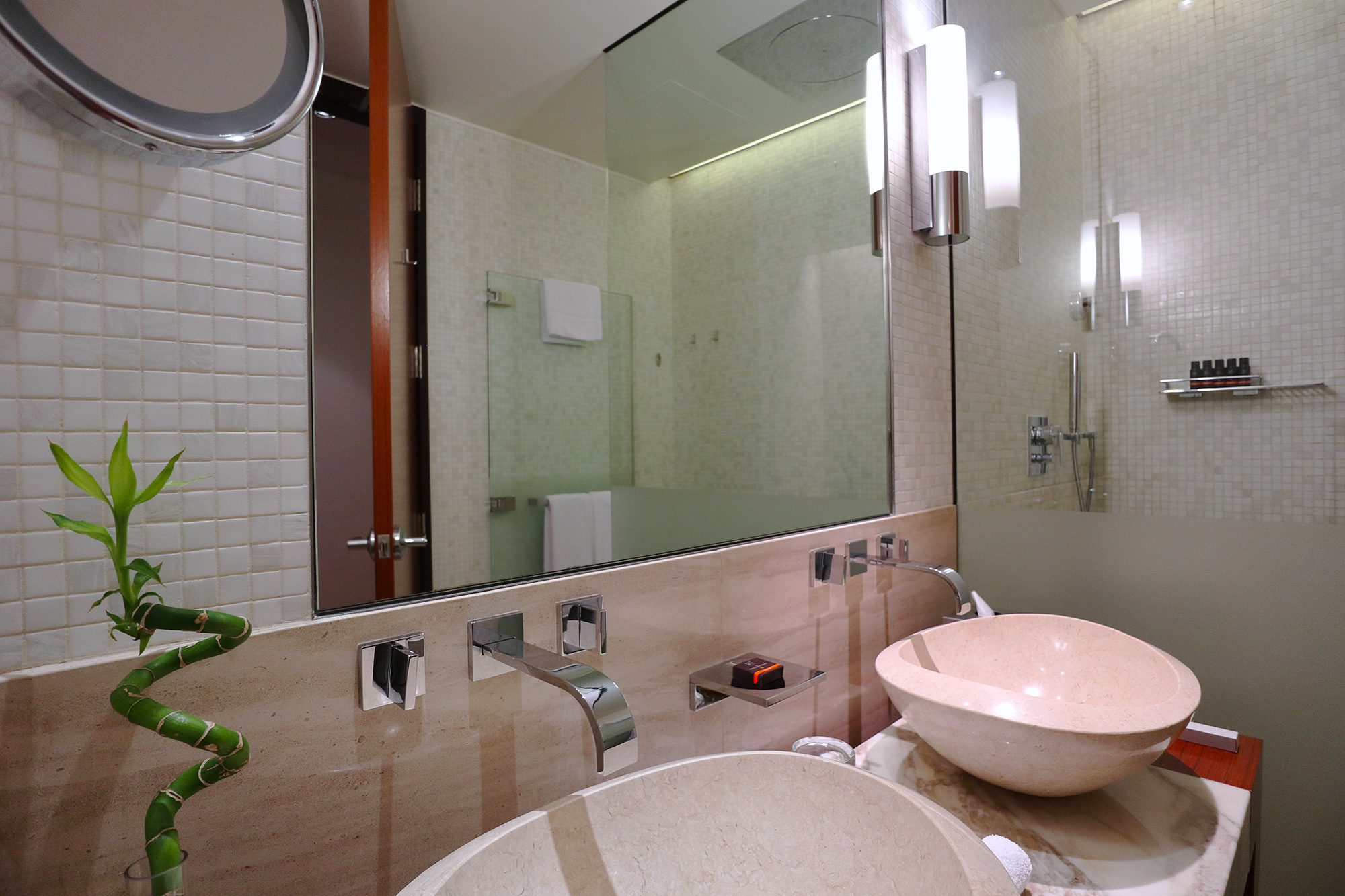 Bathroom Mirror Span.jpg