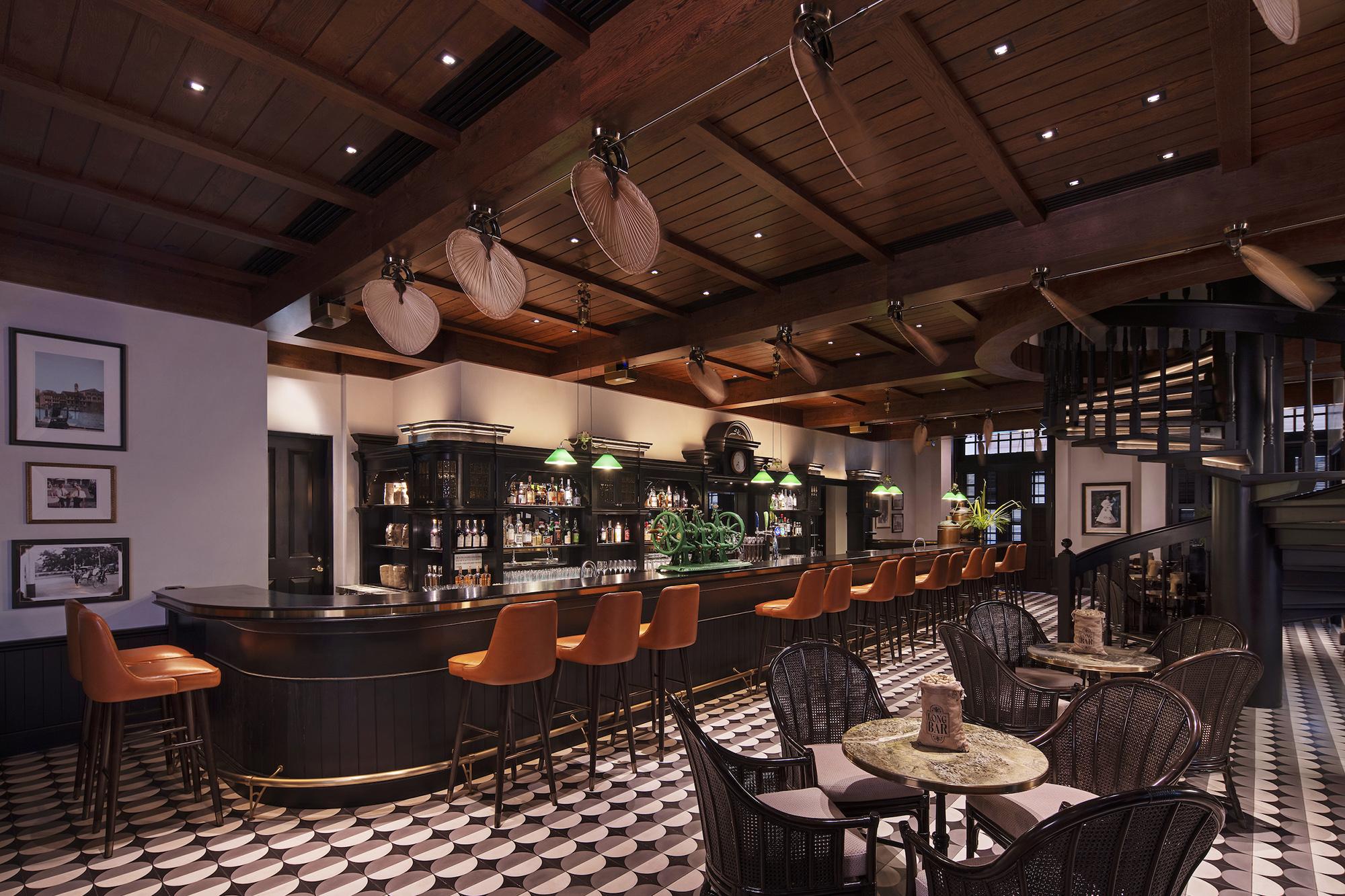 Long Bar Interior 2.jpg