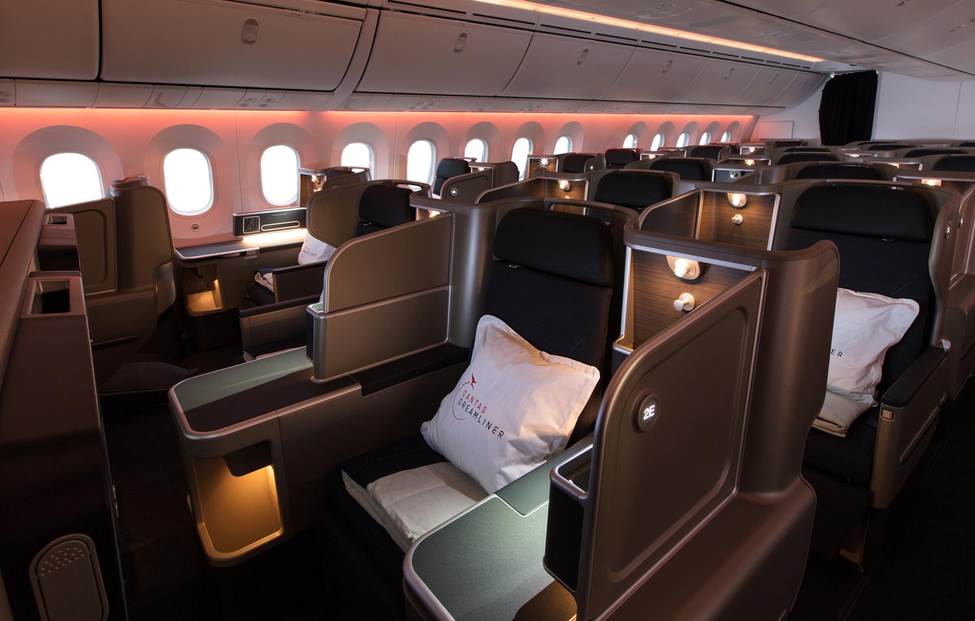 Qantas 787 J s (Qantas)
