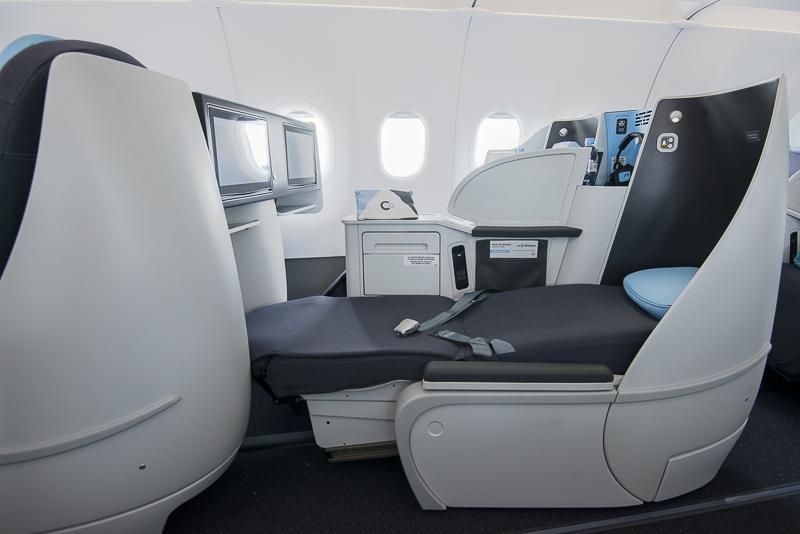 B0 A321neo Seats 2 (La Compagnie).jpg