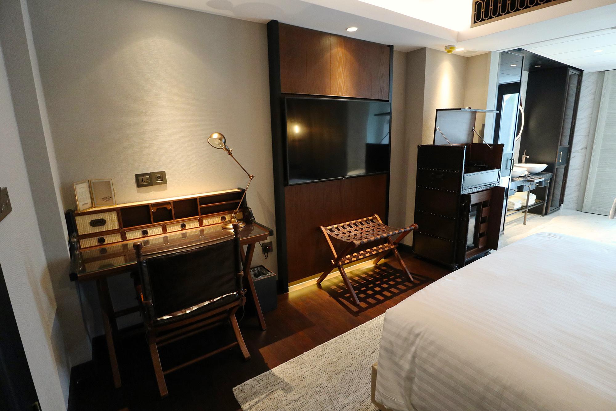 Room Overview 2.jpg