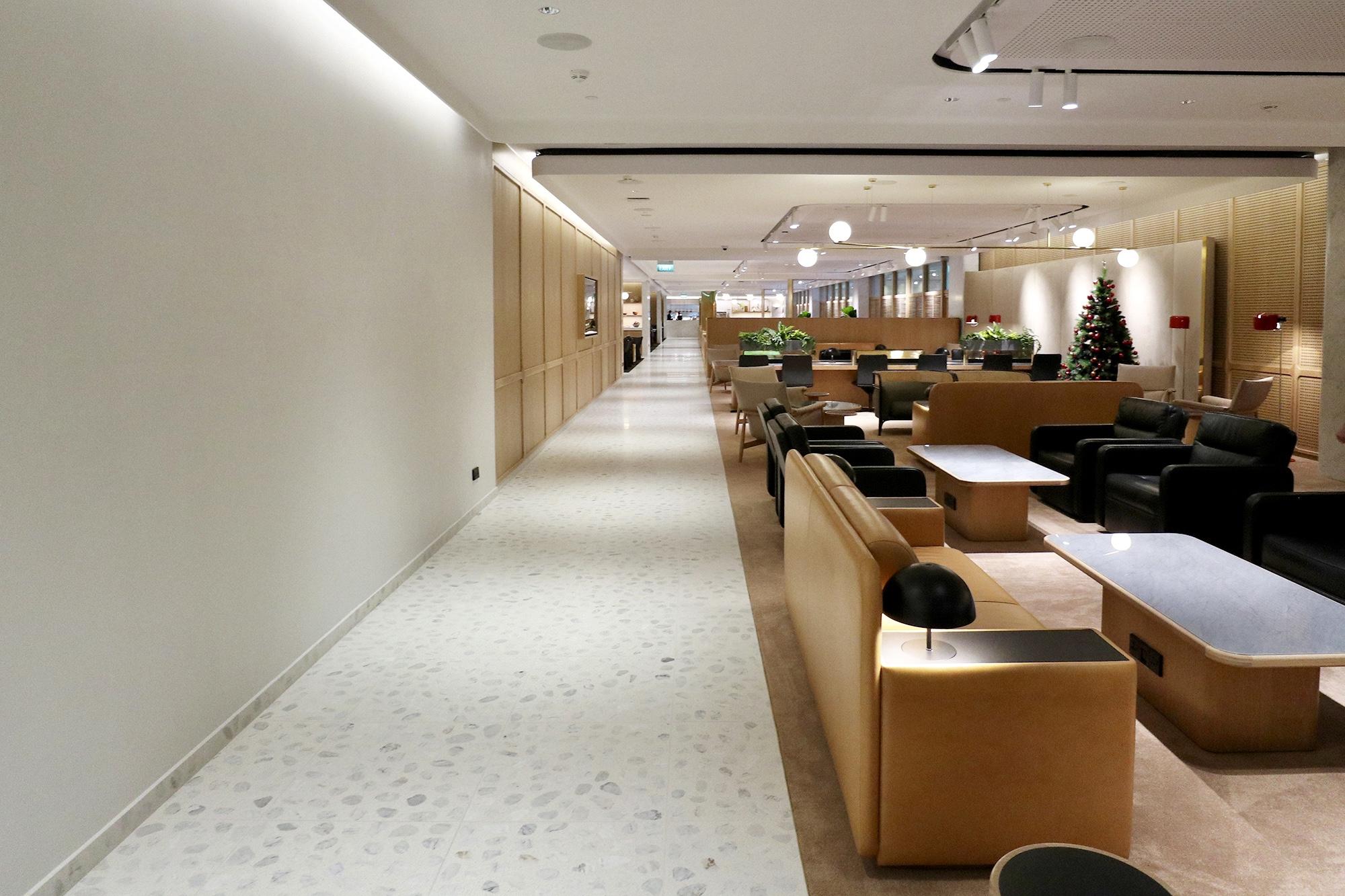 Lounge Corridor.jpg