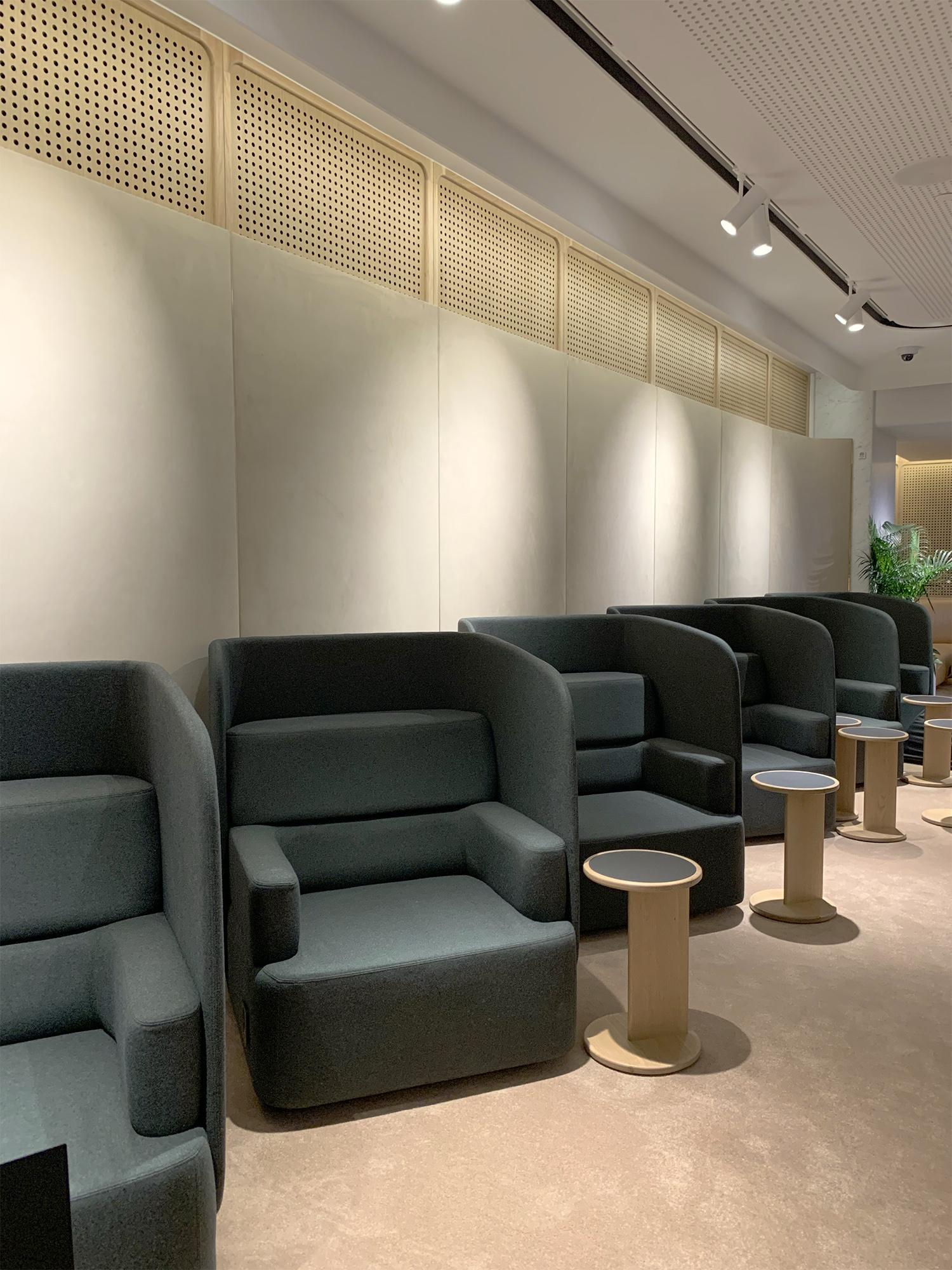 Solo Chairs.jpg