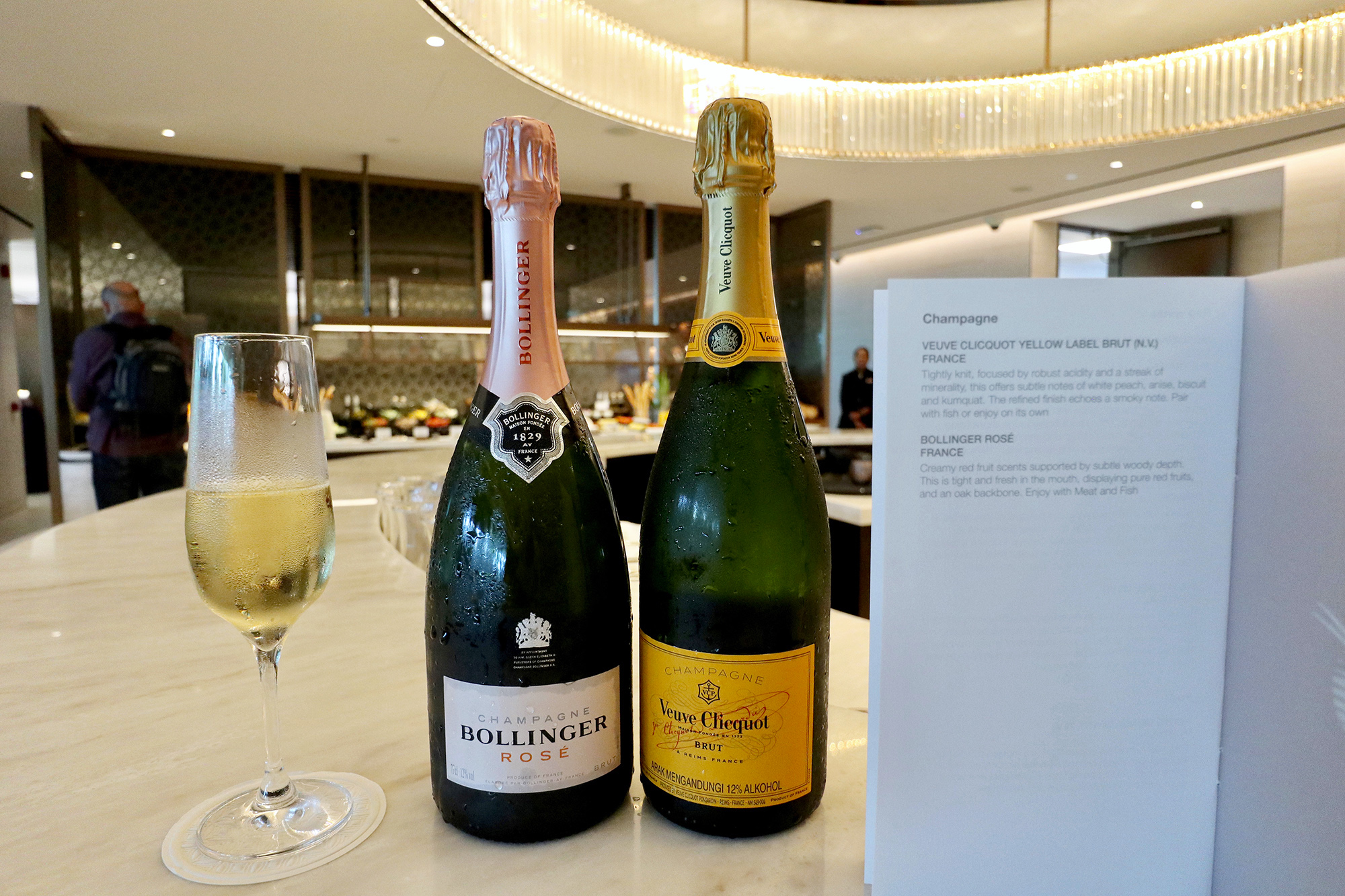 Champagne Pair