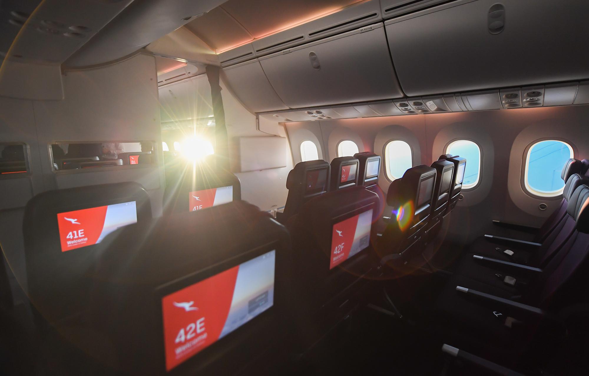 QF 789 Economy (Qantas)