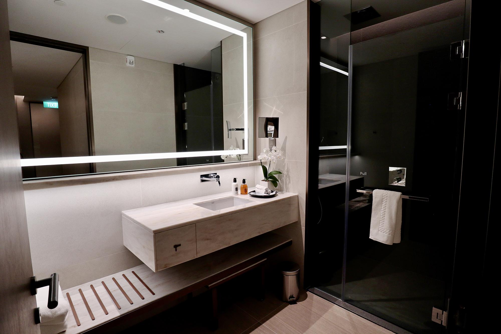 Shower Room Right