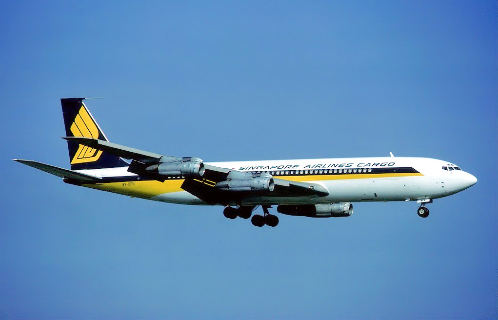SQ 707 Cargo (Eduard Marmet)