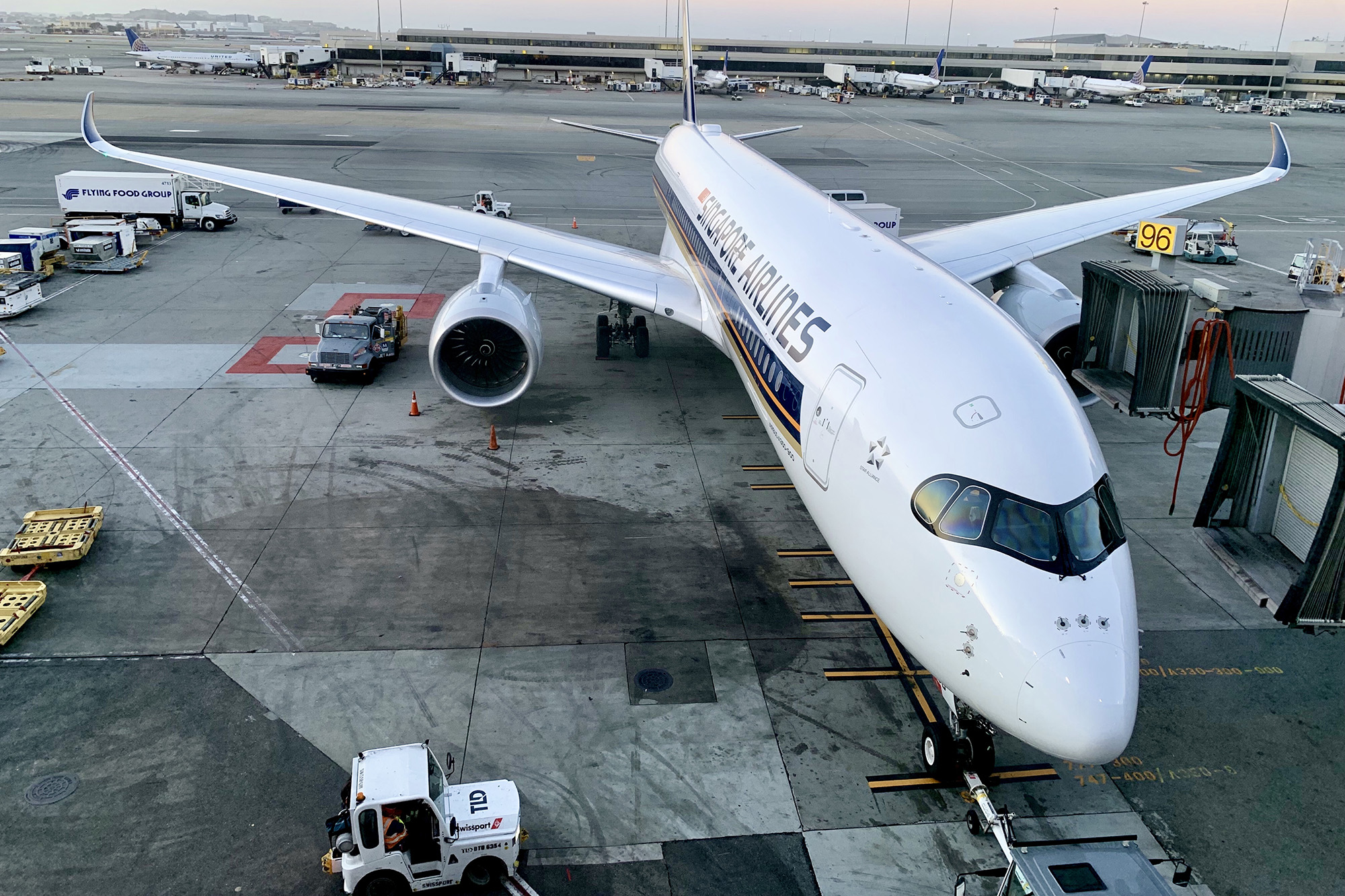 SQ A350 at Gate (Eugene Sim SS)