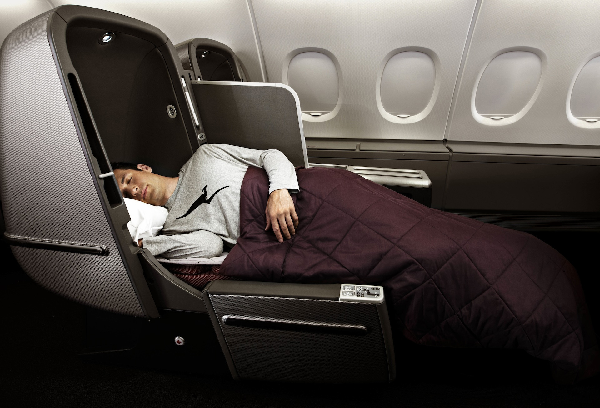 QF A380 J Bed (Qantas)