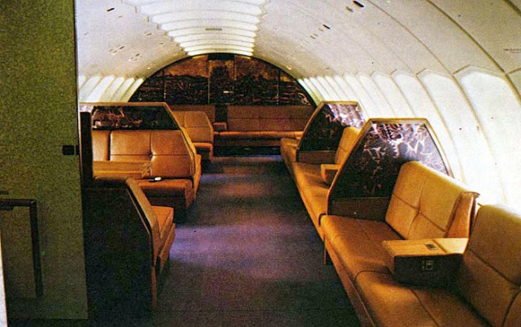 SQ B742 First Class UD 1976
