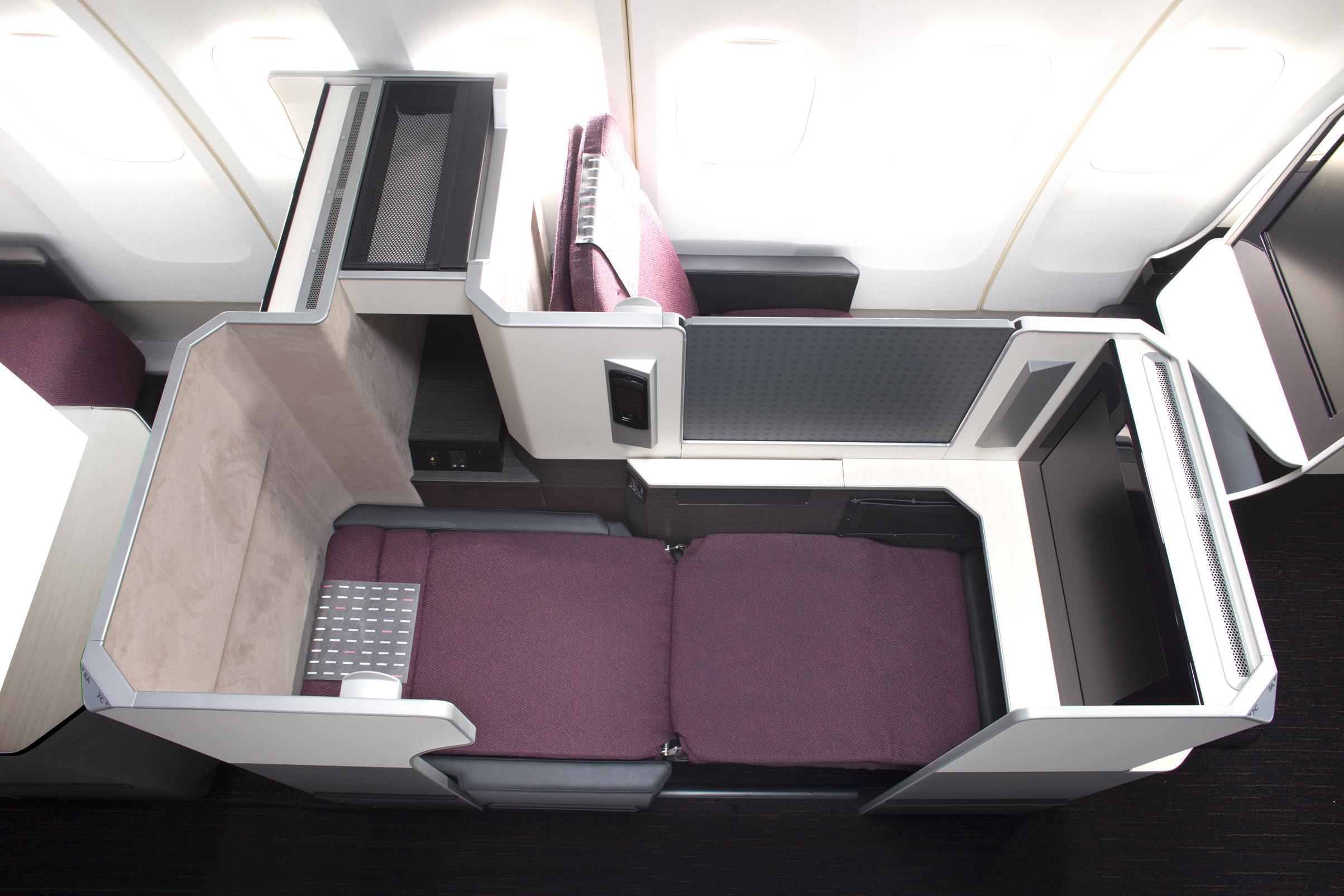 JL Sky Suite 787 Overhead (JAL)