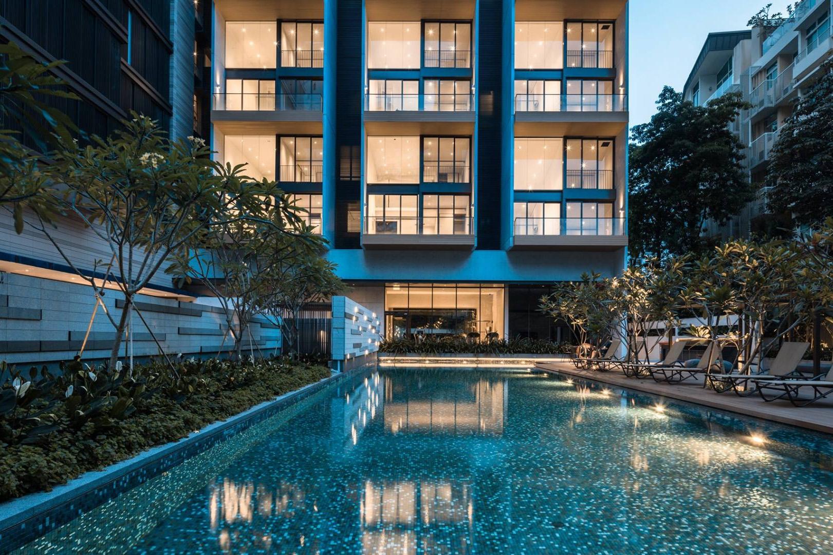 Singapore Condo Pool