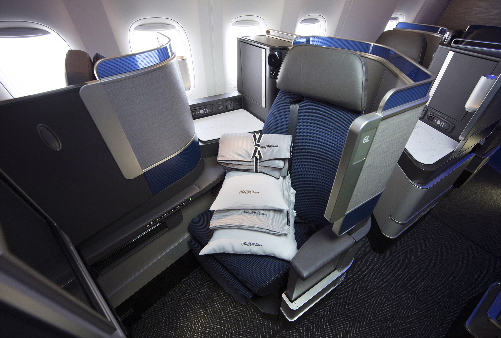 United Polaris Seat (United Airlines)
