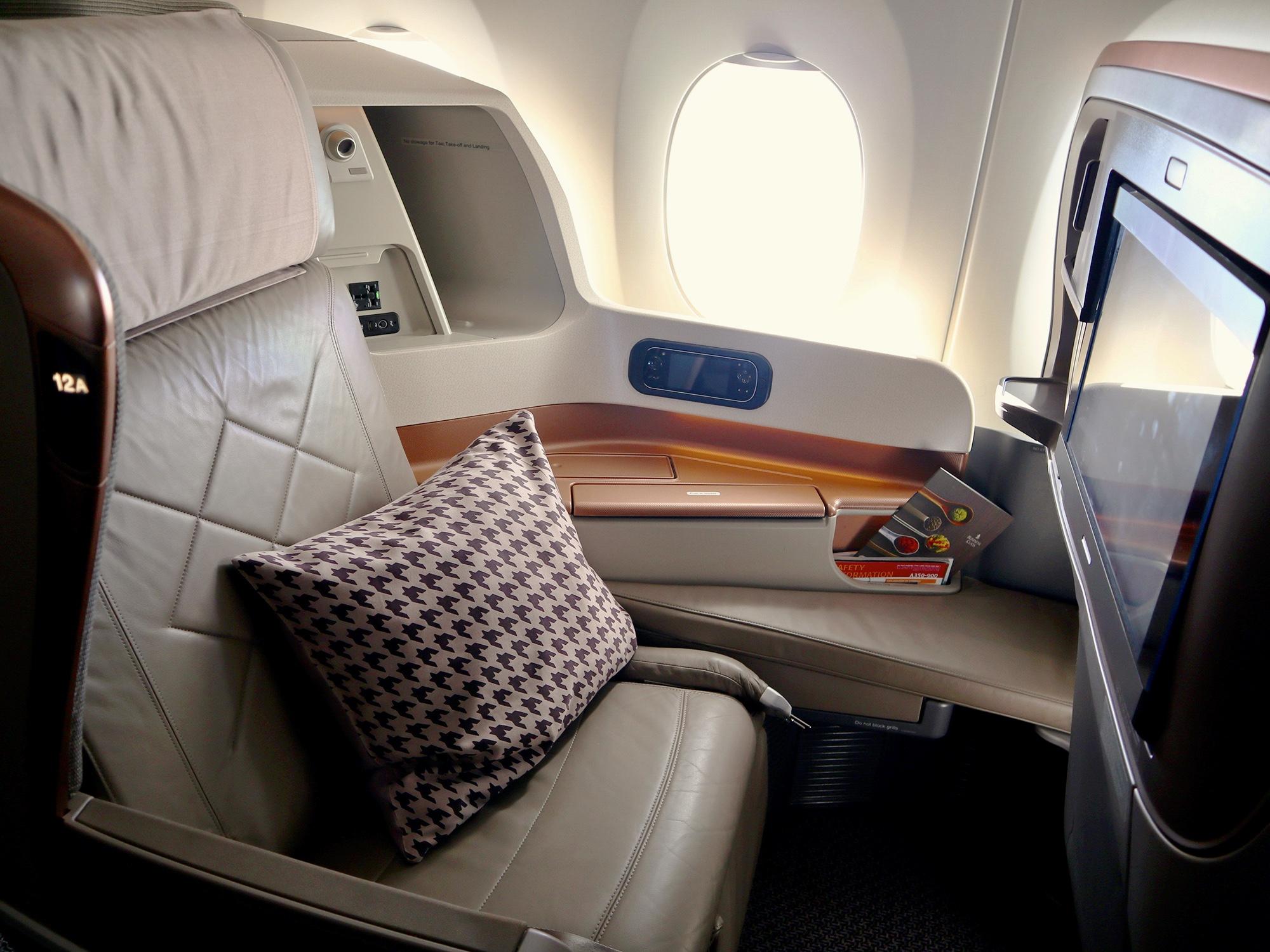2013 J Business A350 2 (MM)