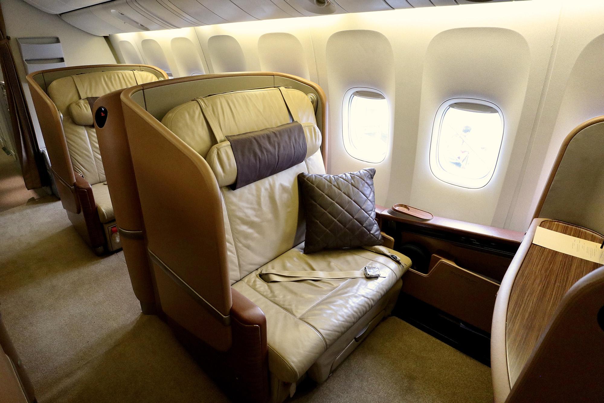 A seats 2