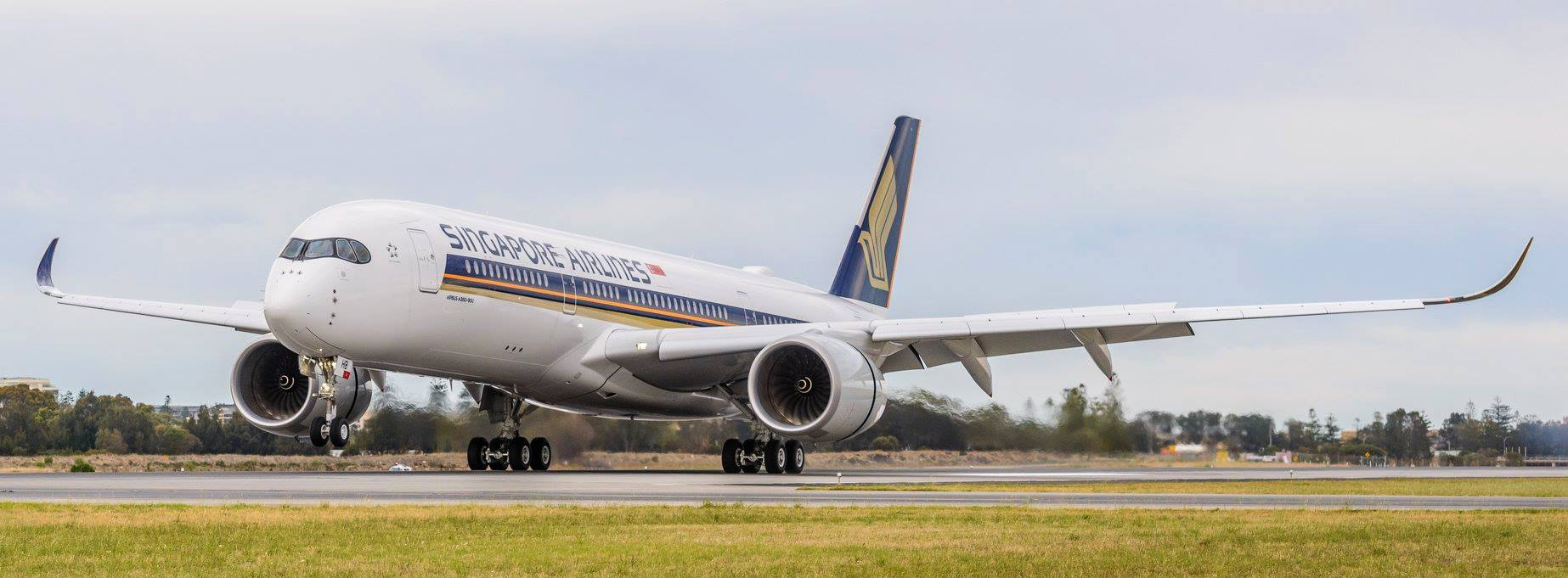 A350R Landing (Adelaide Airport)