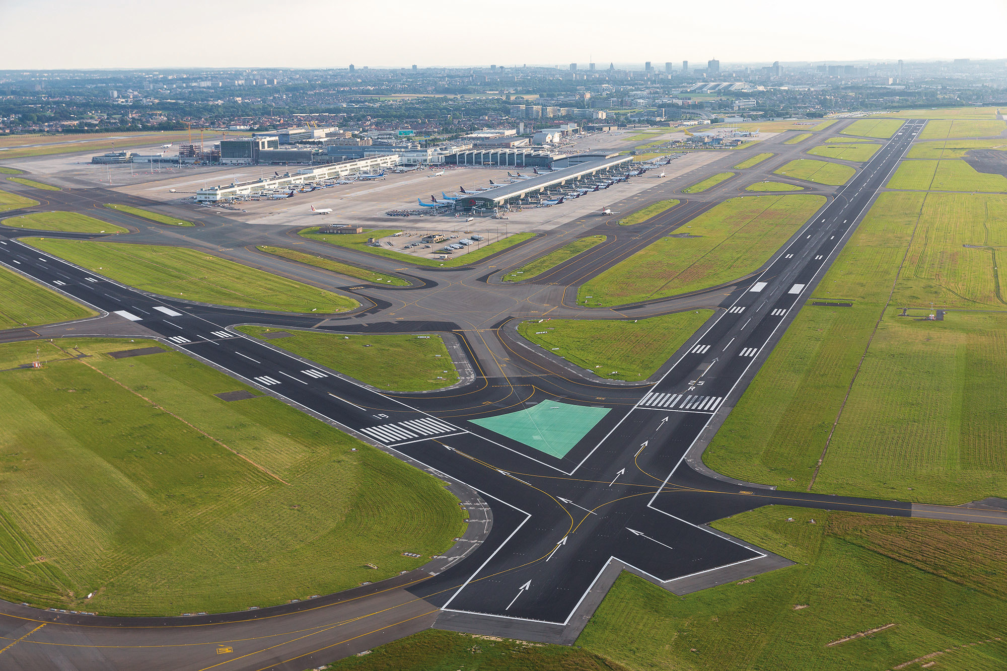 BRU Airport Overhead (Tom Dhaenens)