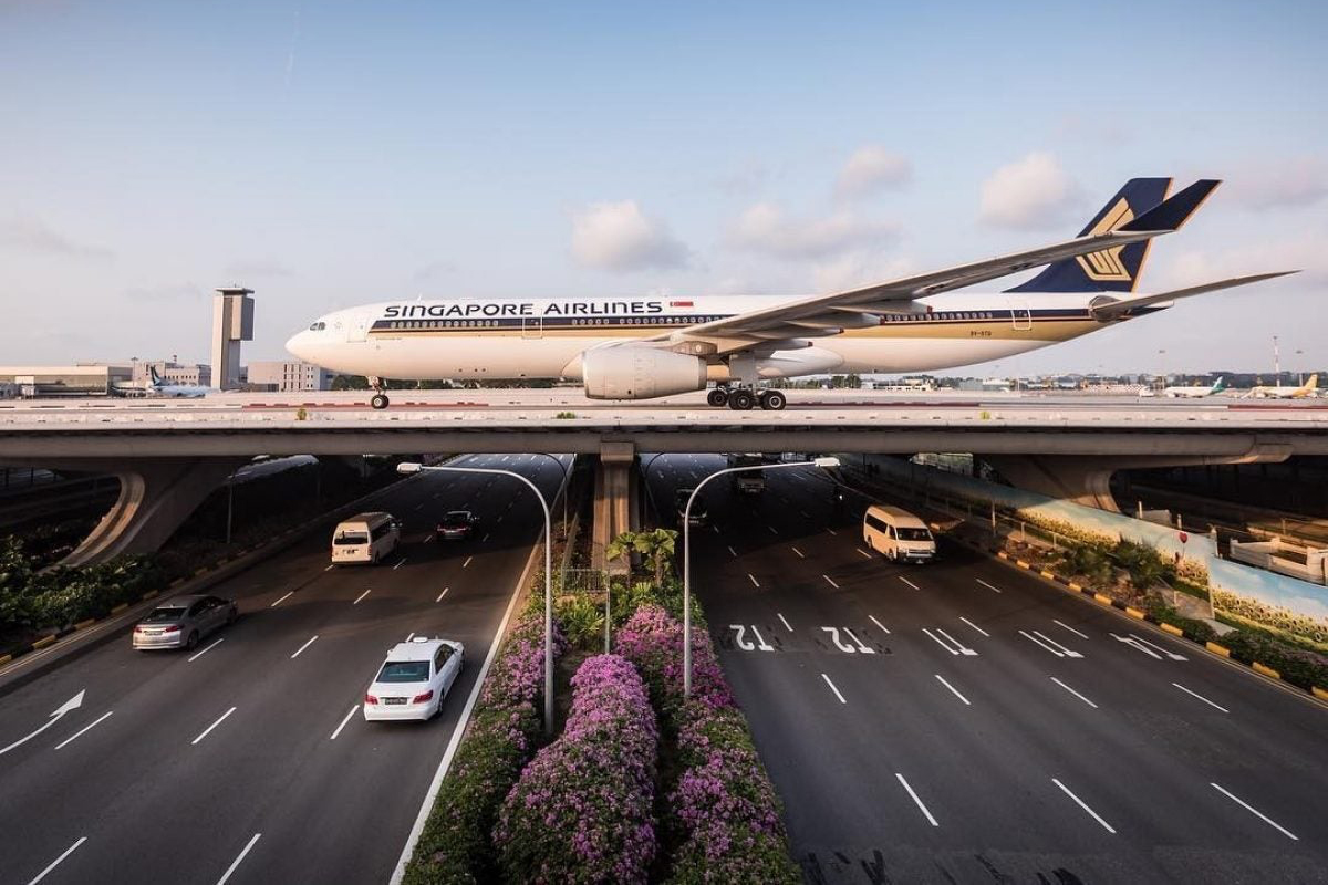 Changi SQ Taxiing (CAG)