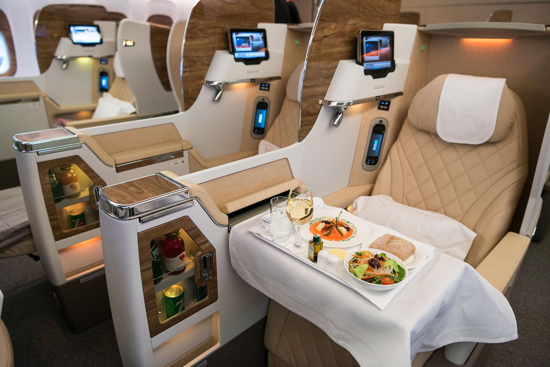 EK 77W New Business 2 (Emirates)