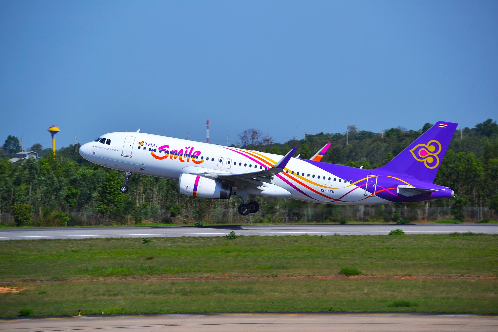 Thai Smile A320 (Alec Wilson)