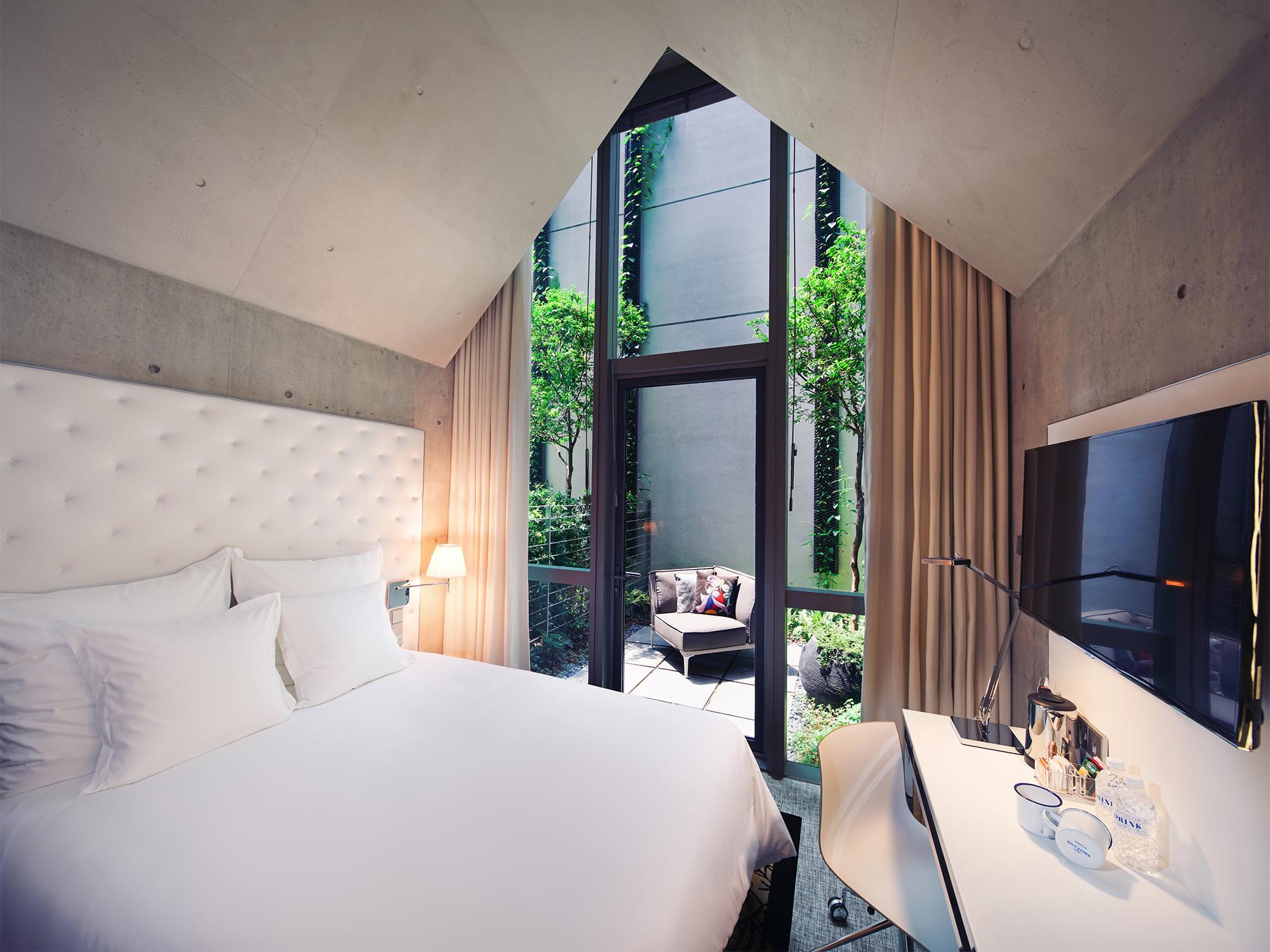 M Social Alcove Terrace Room (Millennium Hotels)