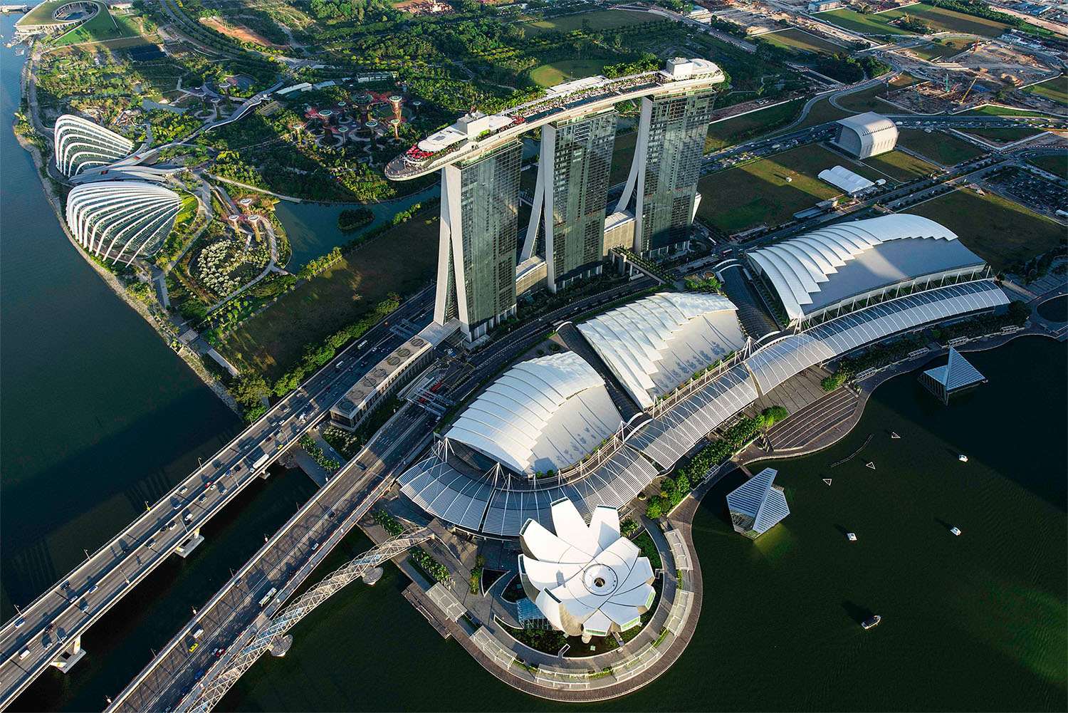 Singapore MBS Aerial Small (MBS)