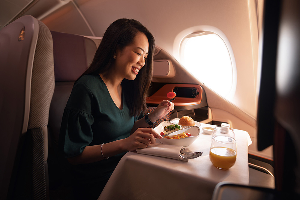Business Class Dining Solo Small (Singapore Airlines)