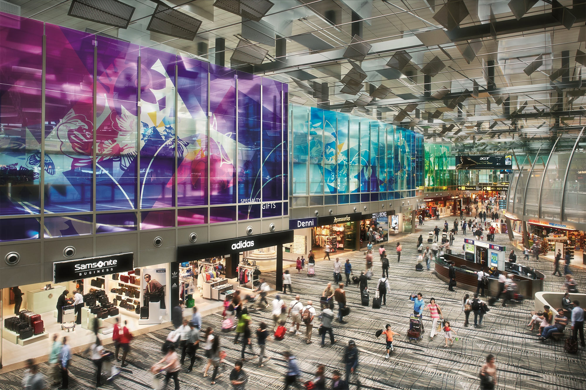 HSBC VI cardholders invited to tour Changi Airport's transit area shops