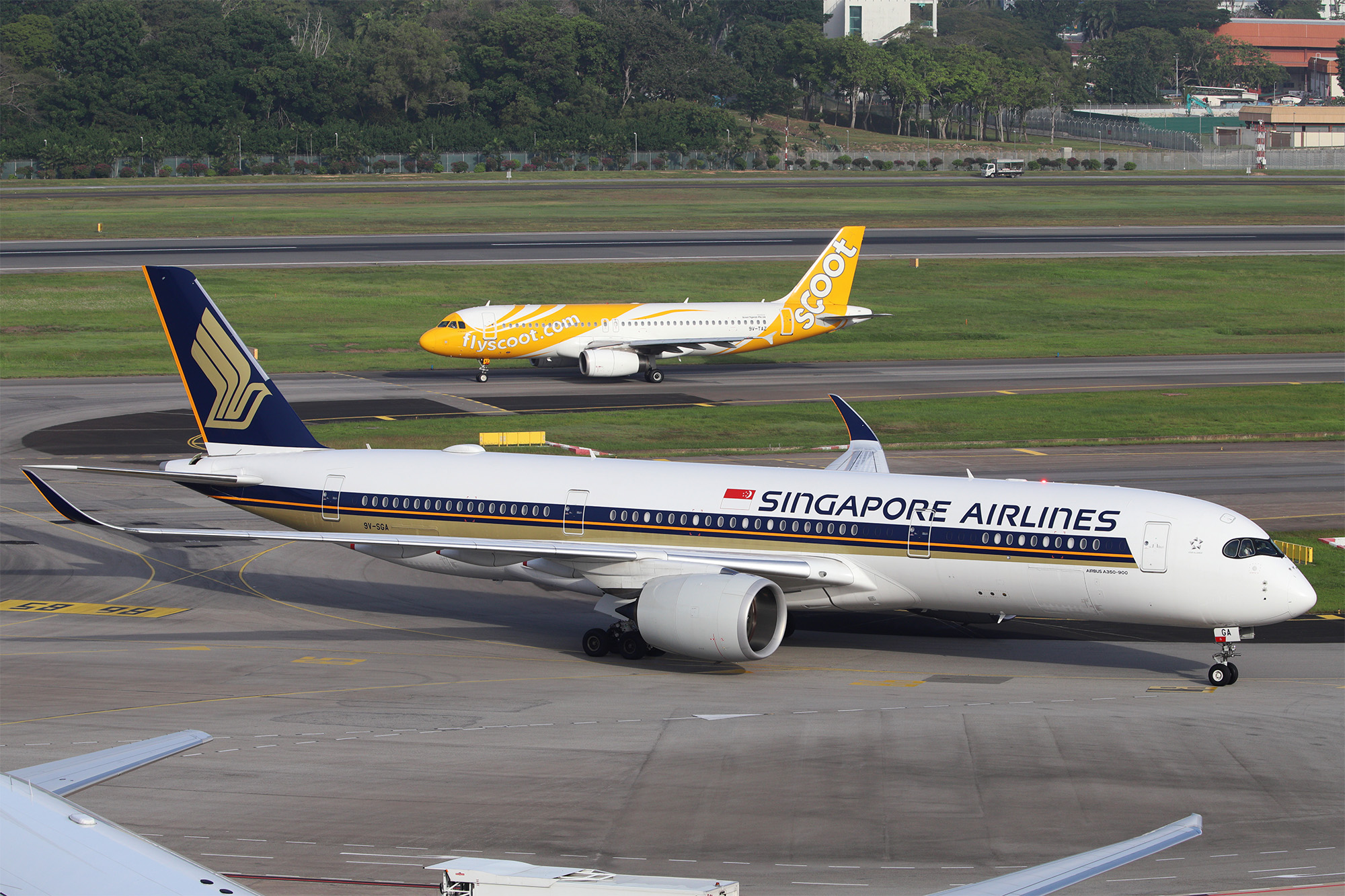 COVID-19: Singapore Airlines and Scoot extend travel waiver and refunds to 31 January