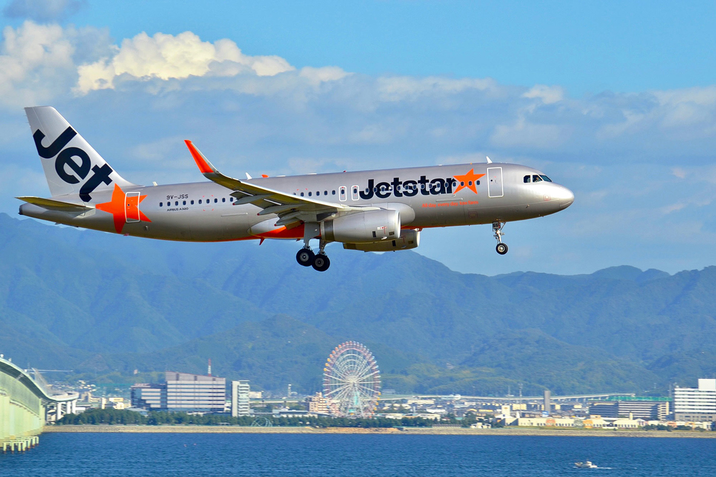 Jetstar increases Singapore network, secures Changi transit approval