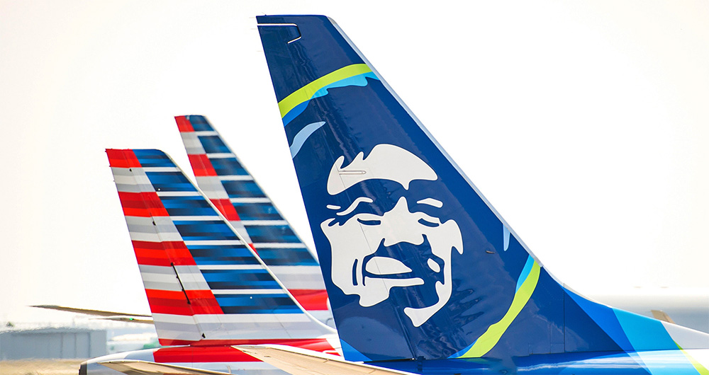 This image has an empty alt attribute; its file name is Alaska-American-Tails-Small-Alaska-Air.jpg