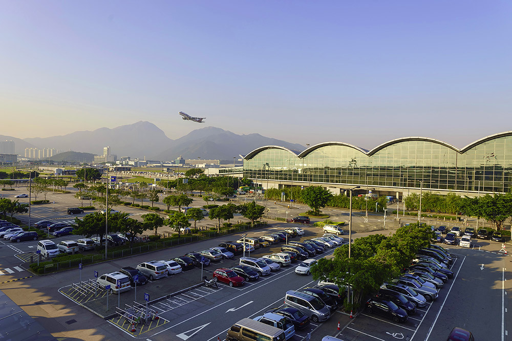 This image has an empty alt attribute; its file name is HKG-Takeoff-Small-Sorbis-SS.jpg