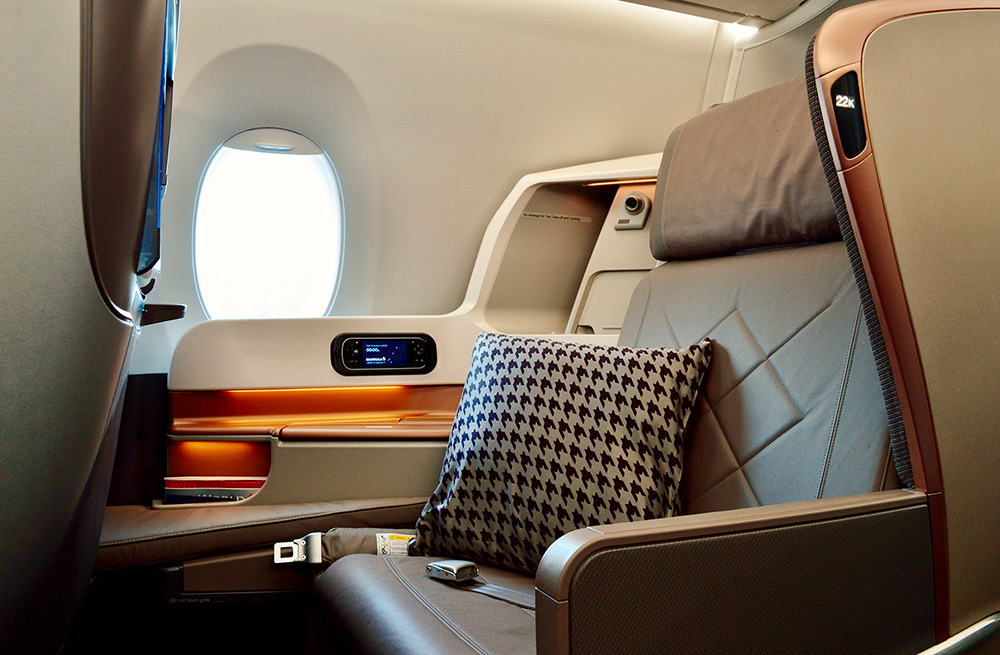 This image has an empty alt attribute; its file name is 2013-J-A350-Small-High-Tech-Flight-2.jpg