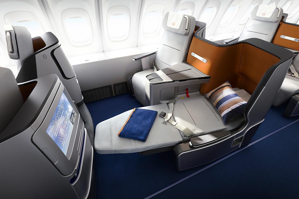 This image has an empty alt attribute; its file name is LH-777-J-Seats-Small-Lufthansa-Group.jpg